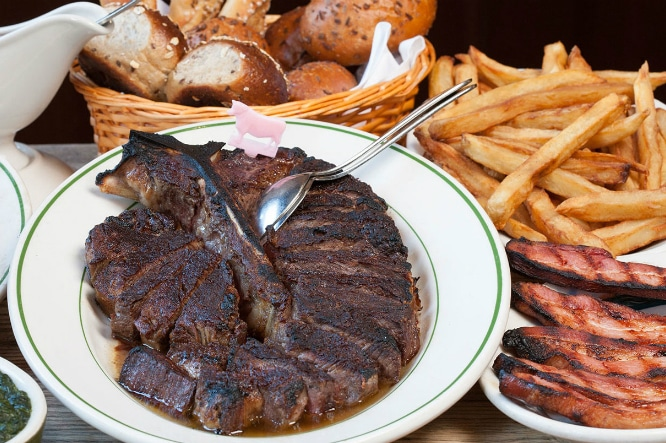 World Renowned Peter Luger Steakhouse Now Takes Online Reservations