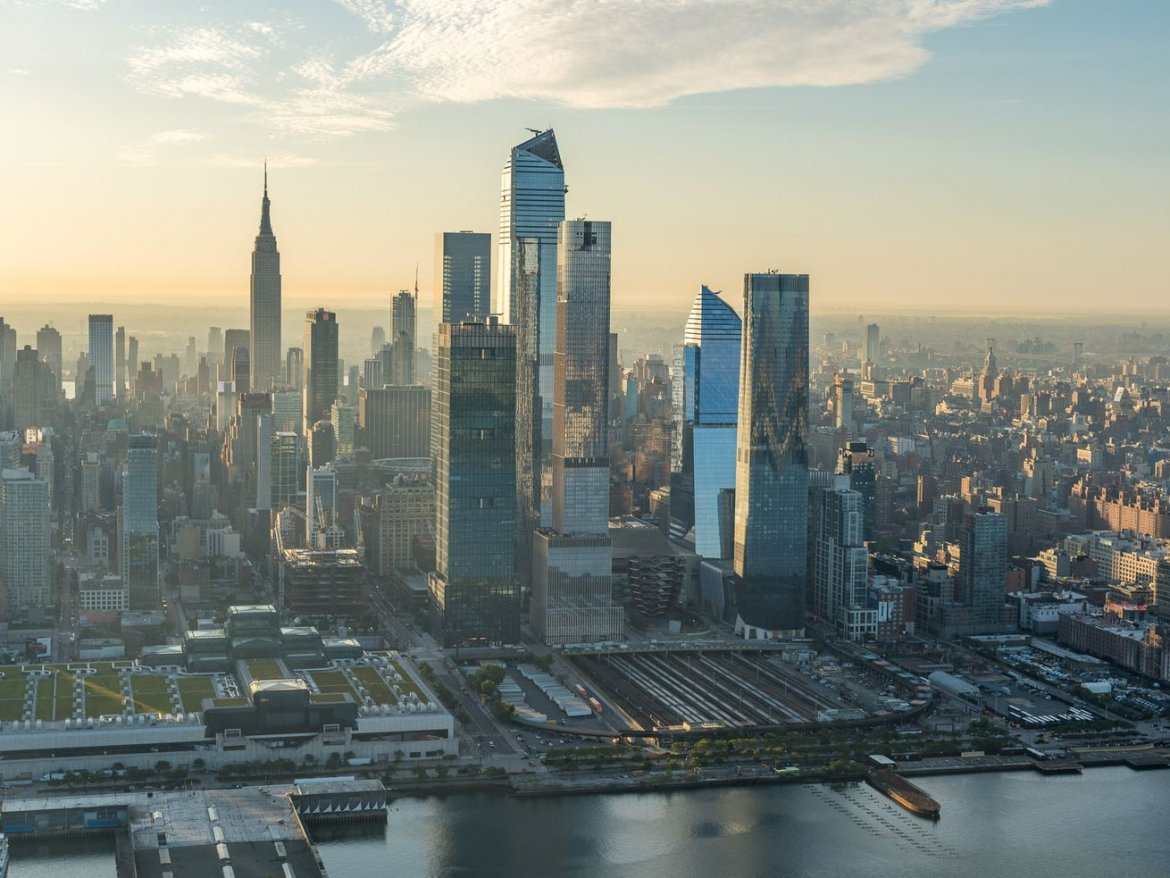 Amazon leases Hudson Yards office space less than year after HQ2 debacle