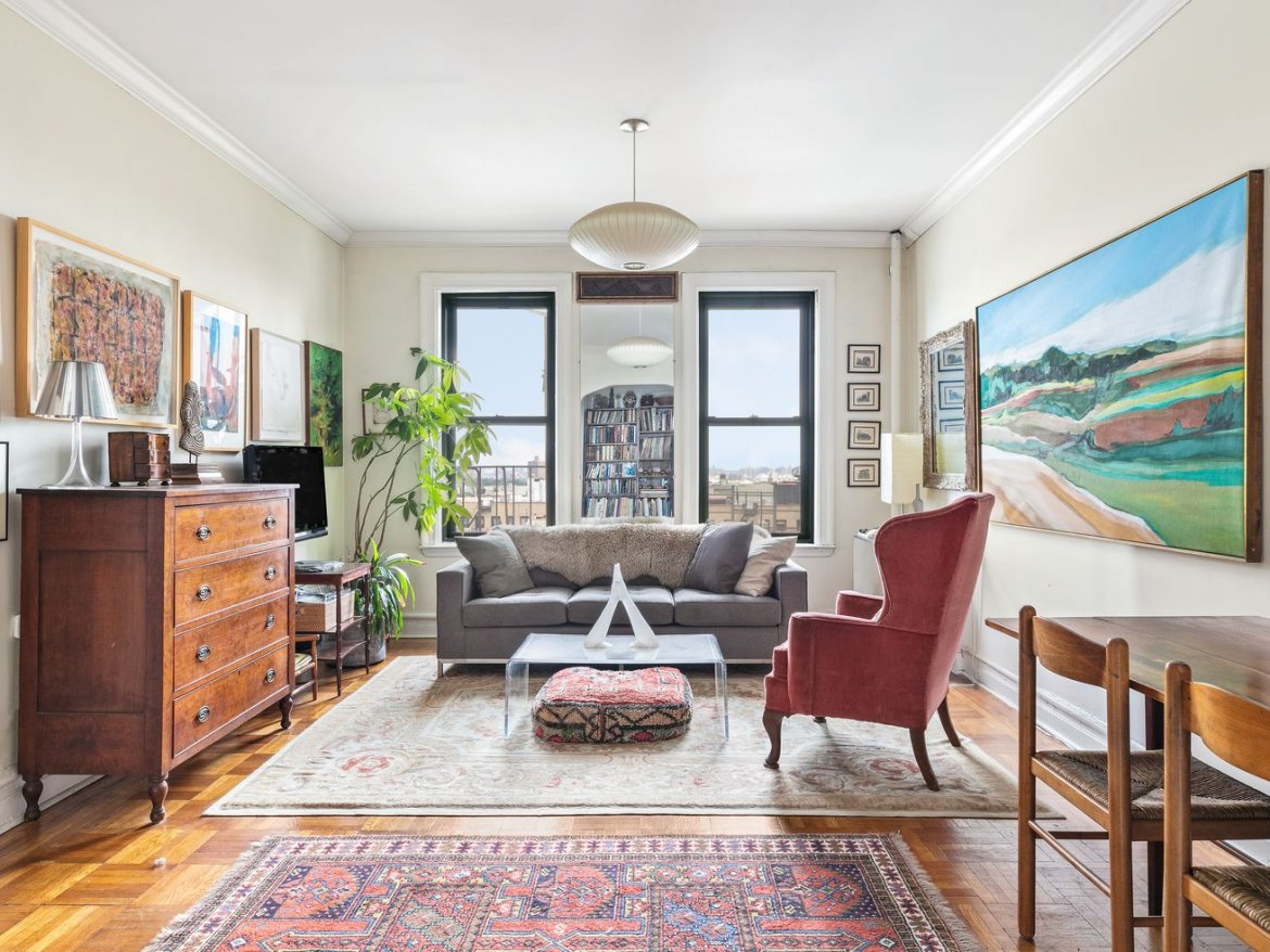 Brooklyn Museum–Adjacent Apartment With Two Large Bedrooms Asks $875K